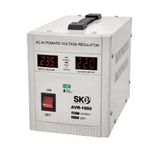 SKB AVR stabilizzatori di tensione
